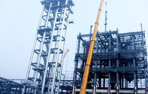 施工中的兰州乙烯80万吨工程